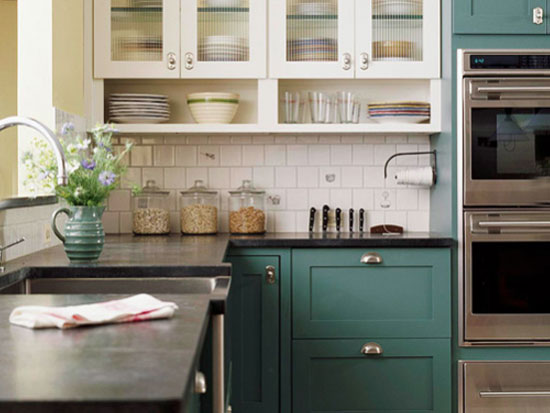 Keuken Olijfgroen : Kitchen Cabinet with Two Colors