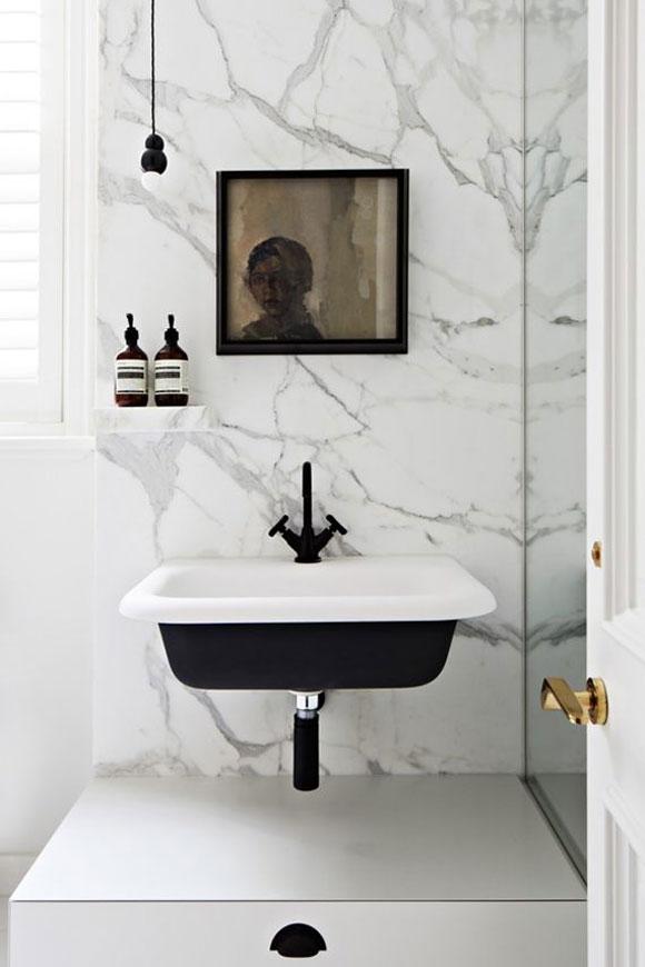 zwarte kranen badkamer