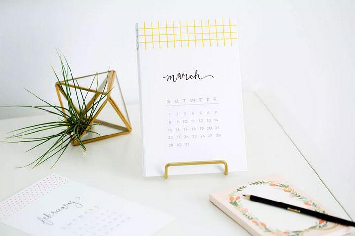 zelfgemaakte kalender voor kantoor