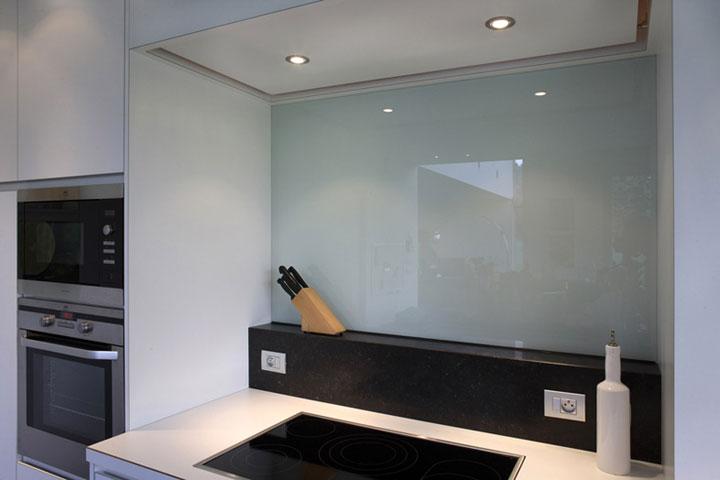 Bekleding van de spatwand van een keuken woonmooi - Fotos van de keuken ...