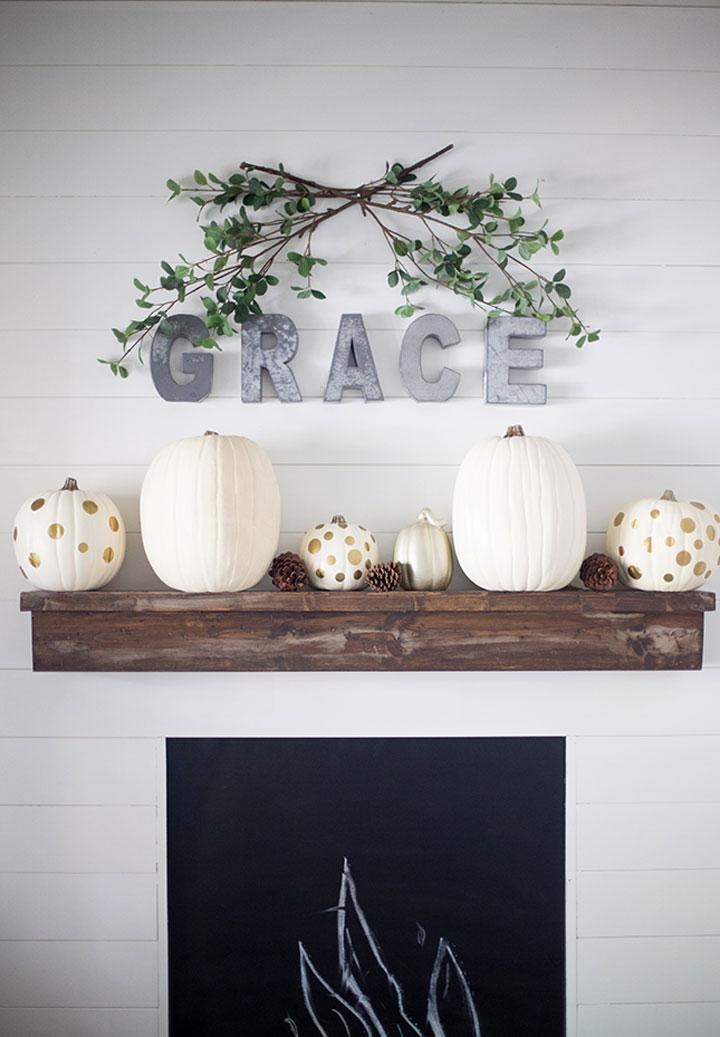 pompoenen voor halloween versierd