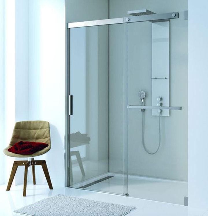 douche met glazen deur