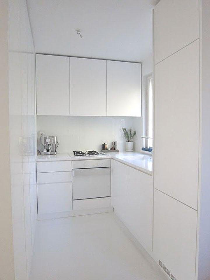Witte klein keuken - Keuken uitgerust voor klein gebied ...