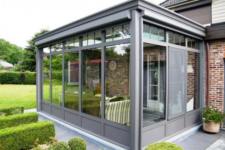 moderne veranda met een plat dak