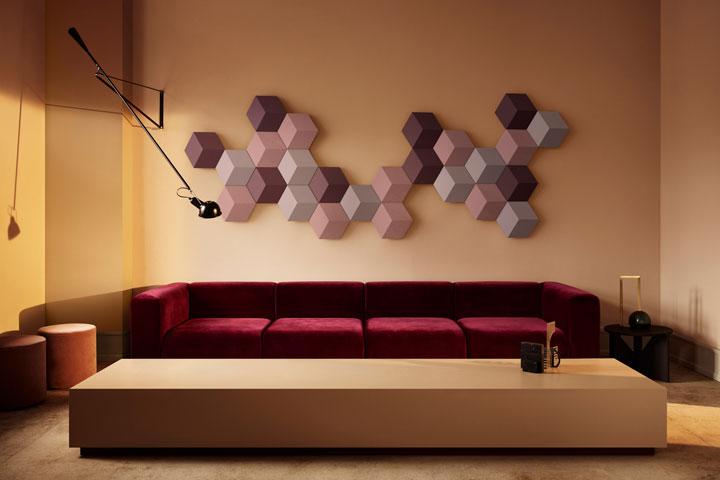 bang & olufsen beosound shape luidsprekers tegen de muur