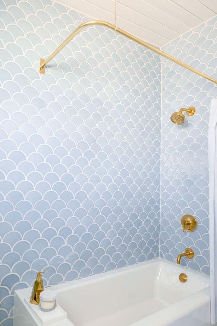 schubbentegels badkamer
