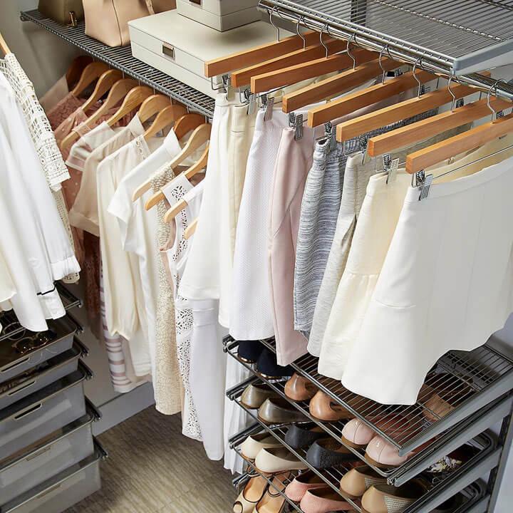 hangers en lades voor dressing