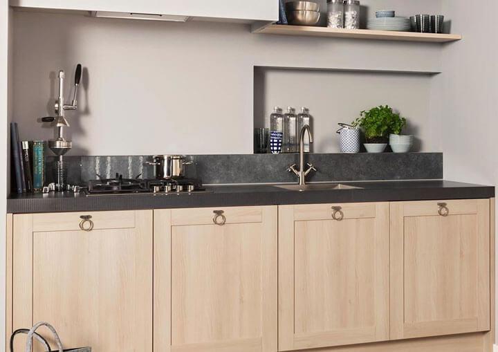 houten keukenkasten