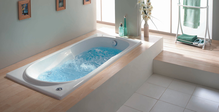bubbelbad whirlpool bad in badkamer