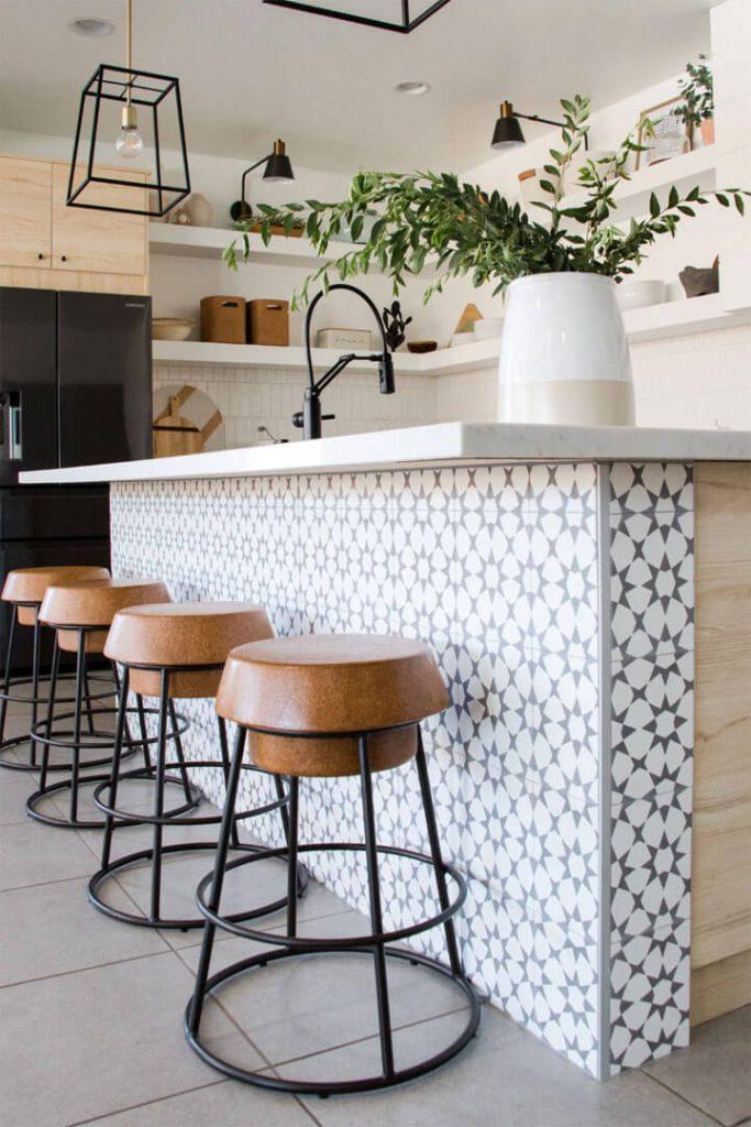 keukeneiland met cementtegels