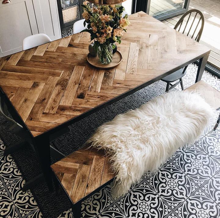tafel visgraat tafelblad in hout