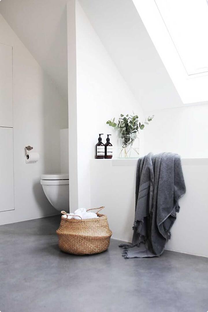 betonlook gietvloer in badkamer