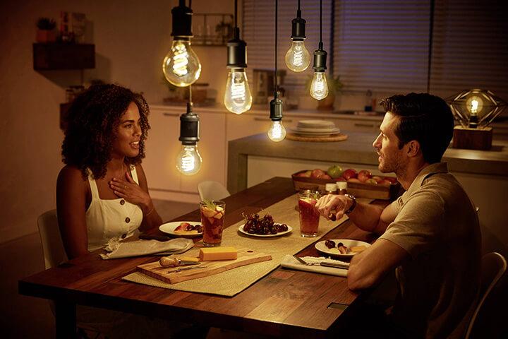 ledverlichting hanglampen met dimmer in eetkamer