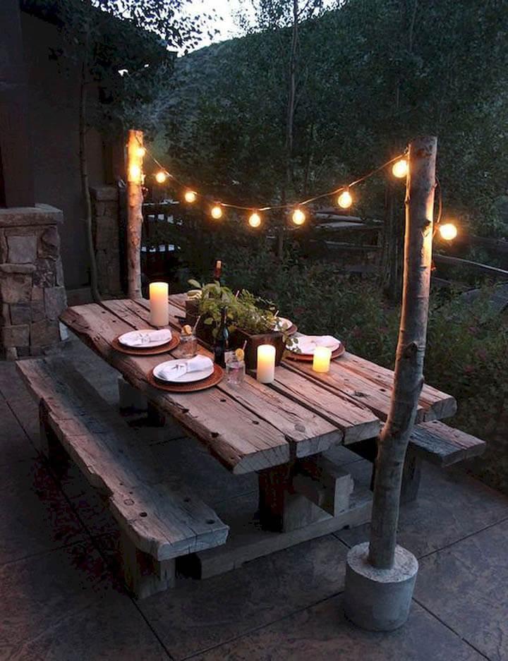 lichtslinger boven terrastafel